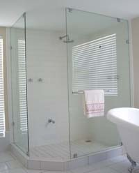 Custom frameless shower screens
