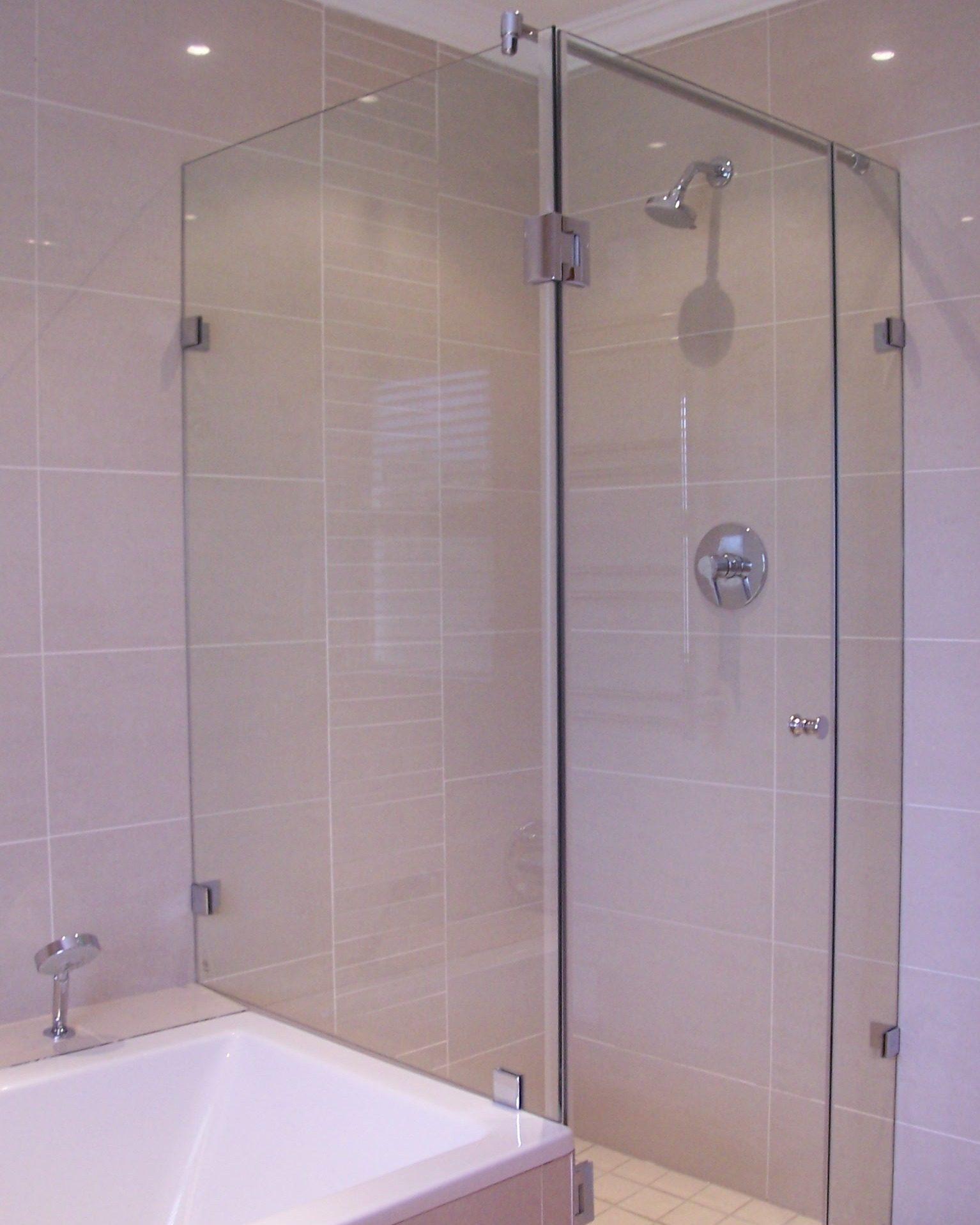 Return Panel on bath, Door, In-line Panel